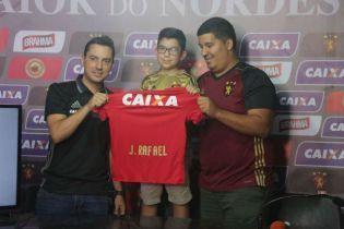 Бразильский клуб совершил невероятный поступок ради маленького мальчика