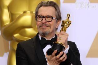 "Как прошел ""Оскар-2018"": первая в жизни статуэтка Олдмена и ""лезгинка"" от Лоуренс"