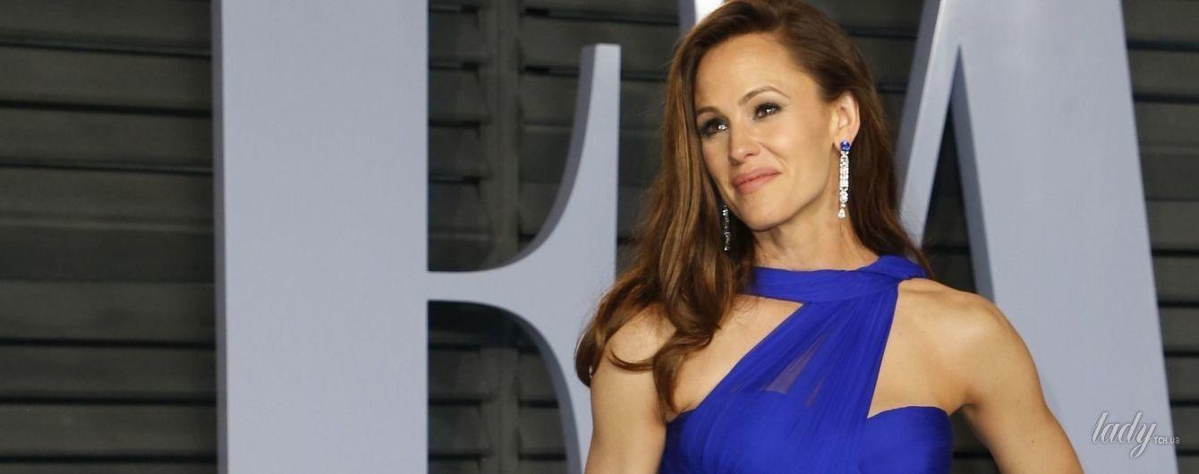 """Удивила: Дженнифер Гарнер пришла на церемонию """"Оскар"""" в красивом наряде от Versace"""