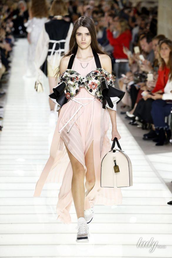 Коллекция Louis Vuitton прет-а-порте сезона весна-лето 2018_31