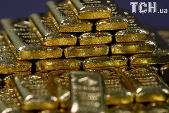 Золотовалютні резерви НБУ за останні три роки зросли в 3,5 раза - Порошенко