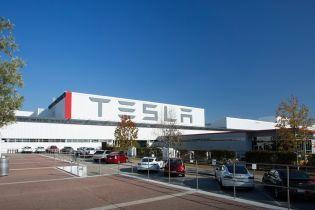 Tesla планує будівництво заводу в Німеччині