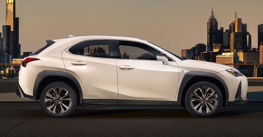 Lexus UX_3
