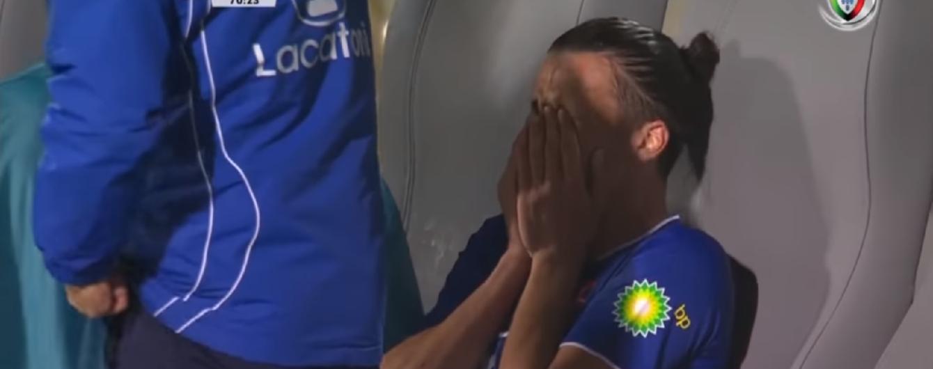 Черногорский футболист заплакал прямо во время игры, когда узнал о смерти Астори