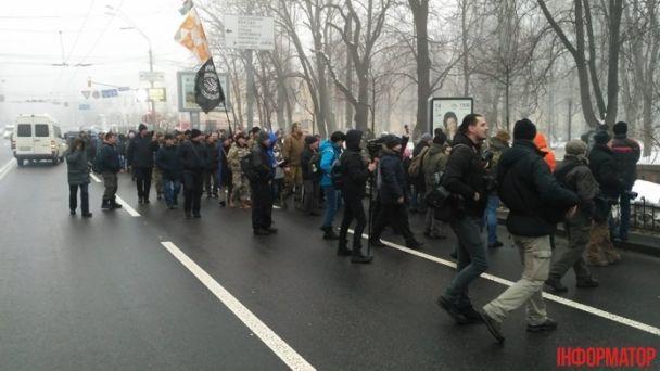 Кордони правоохоронців, перекриті вулиці та перші провокації. Як у Києві вшановують Шевченка