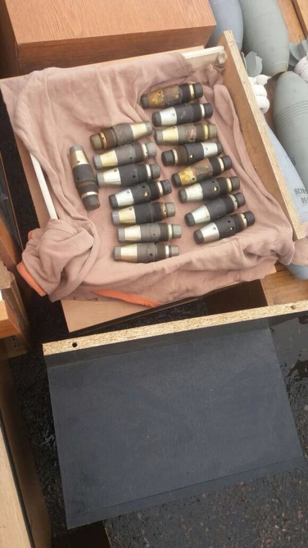 """У Мережі показали фото арсеналу зброї, який Рубан віз із """"ДНР"""""""