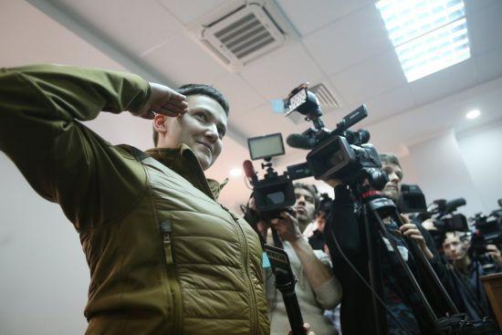 """""""Політична провокація"""". Савченко розповіла, як вигадувала сюрреалістичні ідеї теракту для агента з АП"""