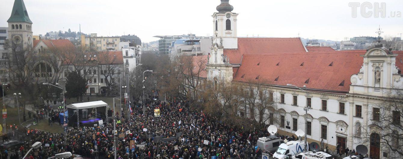 Убивство журналіста у Словаччині переростає в політичну кризу та може обернутися зміною влади в країні