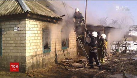 Троє маленьких дітей загинули у вогні на Кіровоградщині