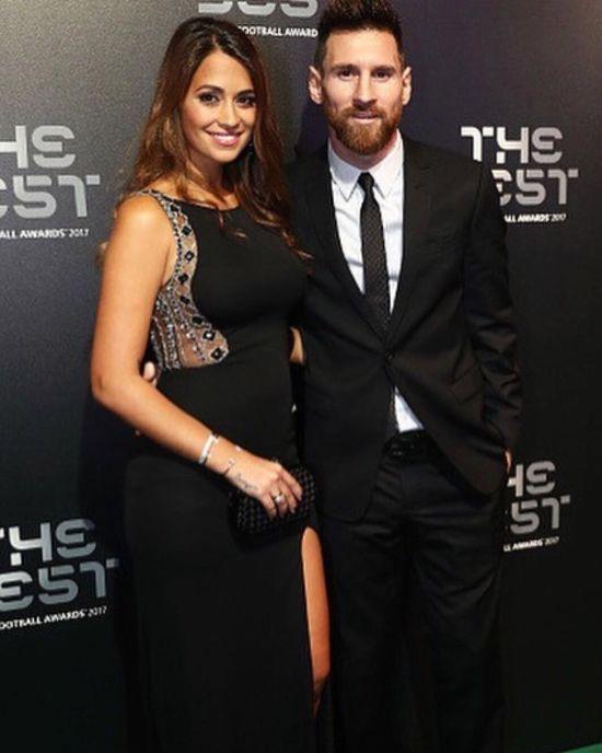 Дружина Мессі виклала перше фото з новонародженим сином