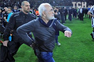 Російського власника клубу ПАОК дискваліфікували на 3 роки через погрози пістолетом