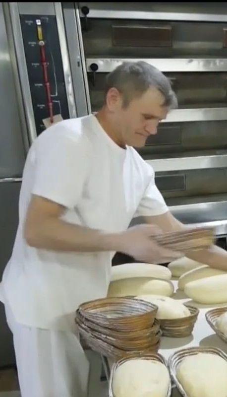 Волонтеры с Волыни ежемесячно везут для военных на передовую душистый хлеб