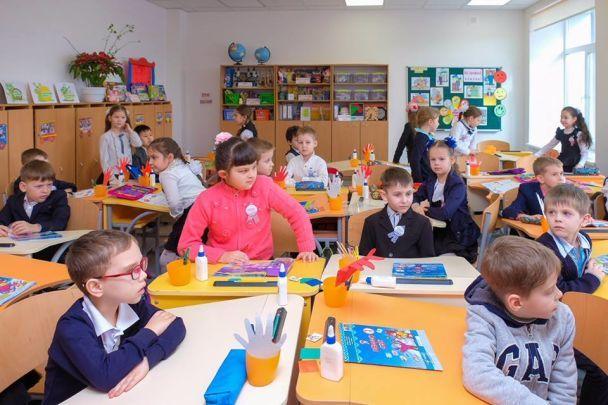Юрій Голік показав зразкову школу на Дніпропетровщині