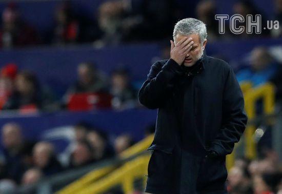Моуринью нещадно раскритиковали английские СМИ после неожиданного поражения и вылета из Лиги чемпионов