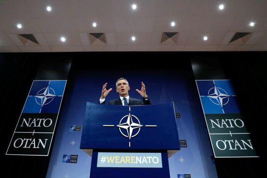 НАТО скликає термінове засідання через авіаудари по Сирії