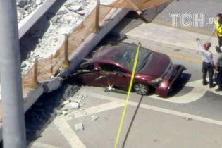 У Маямі впав бетонний міст – розчавив людей та автомобілі