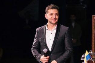 """""""Спортсмен"""" Зеленський показав активні відтискання з гантелями"""