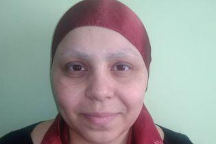 Допоможіть Ельнарі здолати рак грудей