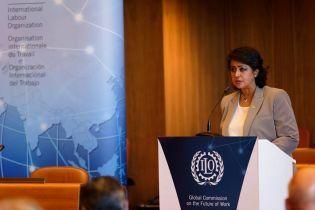 Первая женщина-президент Маврикия подала в отставку из-за покупки украшений