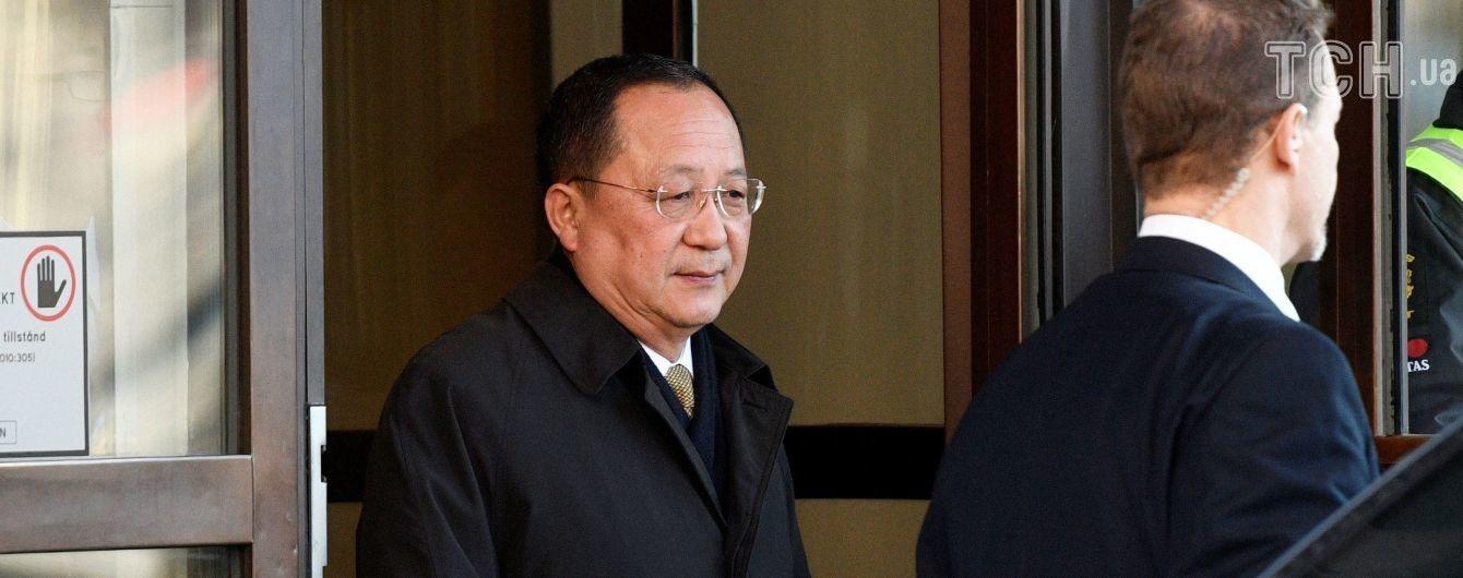 В Швеции завершились переговоры с КНДР, на которых могла обсуждаться встреча Трампа с Ким Чен Ыном