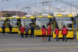 В Киеве изменены маршруты троллейбусов и автобусов