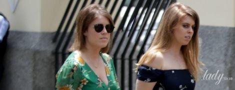 Неудачный выбор: принцессы Беатрис и Евгения пришли на королевскую свадьбу в странных нарядах