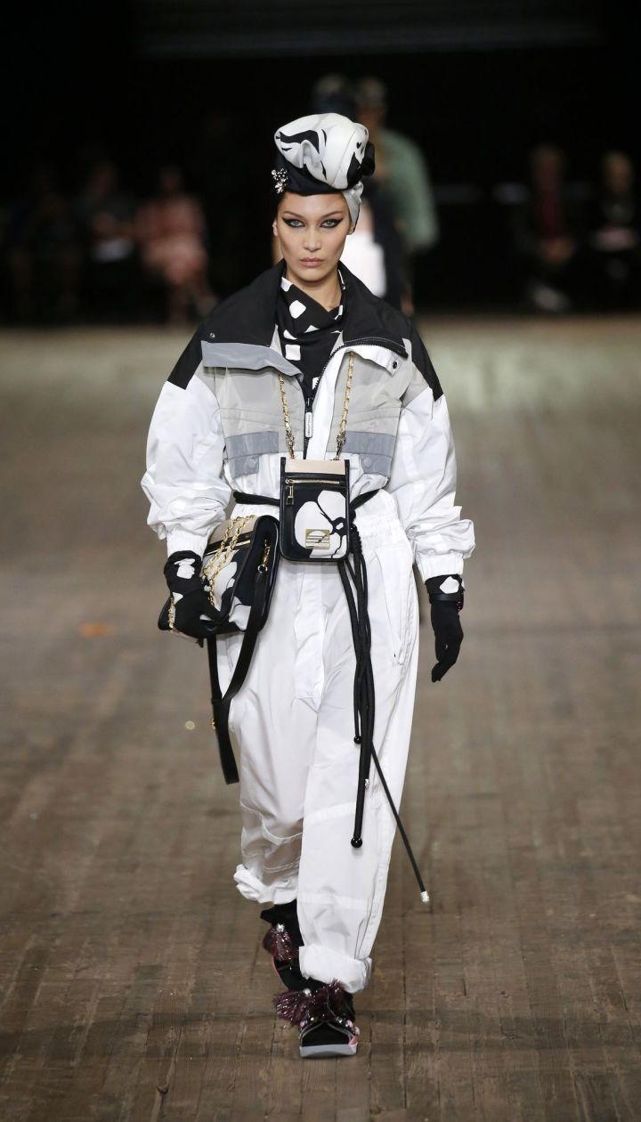 Коллекция Marc Jacobs прет-а-порте сезона весна-лето 2018 @ East News