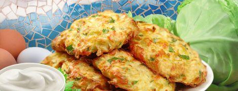 Оладки з капусти — просто та надзвичайно смачно