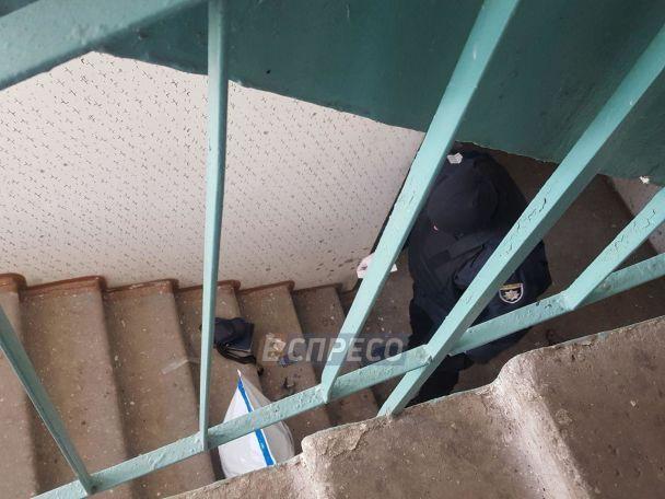 ЗМІ розповіли подробиці вибуху гранати у багатоповерхівці в Києві