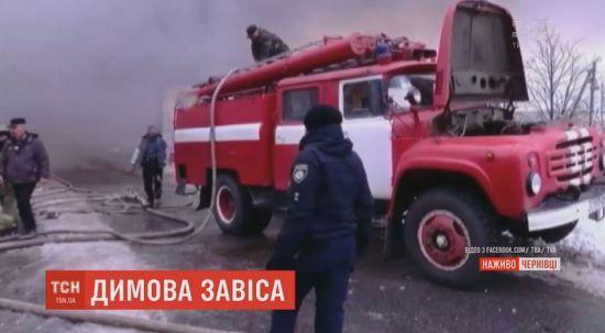 Пожежу на Калинівському ринку у Чернівцях локалізували