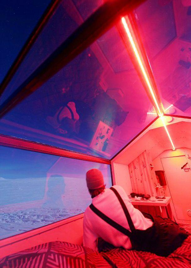 Прозорі мобільні каюти у Фінляндії приваблюють туристів неймовірними панорамами