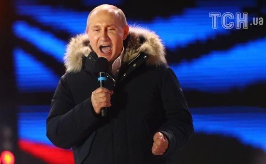 Прес-служба Путіна повідомила про привітання від Макрона, в Парижі про це жодного слова