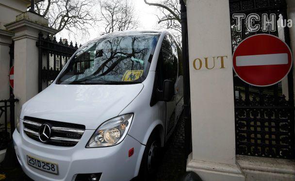 Отруєння Скрипаля: російські дипломати вже залишили лондонське посольство