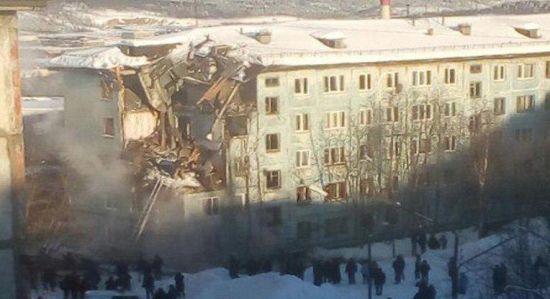 У російському Мурманську обвалився будинок, є жертви