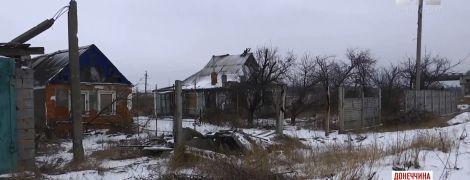 Без Донецька: села поблизу окупованого обласного центру вчаться виживати в нових умовах