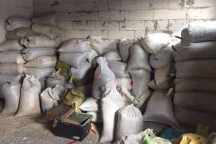 На Житомирщине СБУ изъяла более трех тонн незаконно добытого янтаря