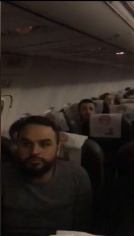 В Одеському аеропорту пасажирів більше 10 годин тримали в літаку