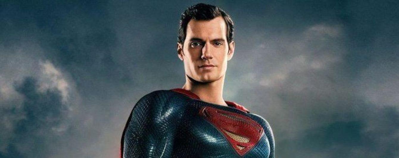 """""""Супермен"""" Генри Кавилл героически распрощался с усами, которые произвели фурор в Сети"""