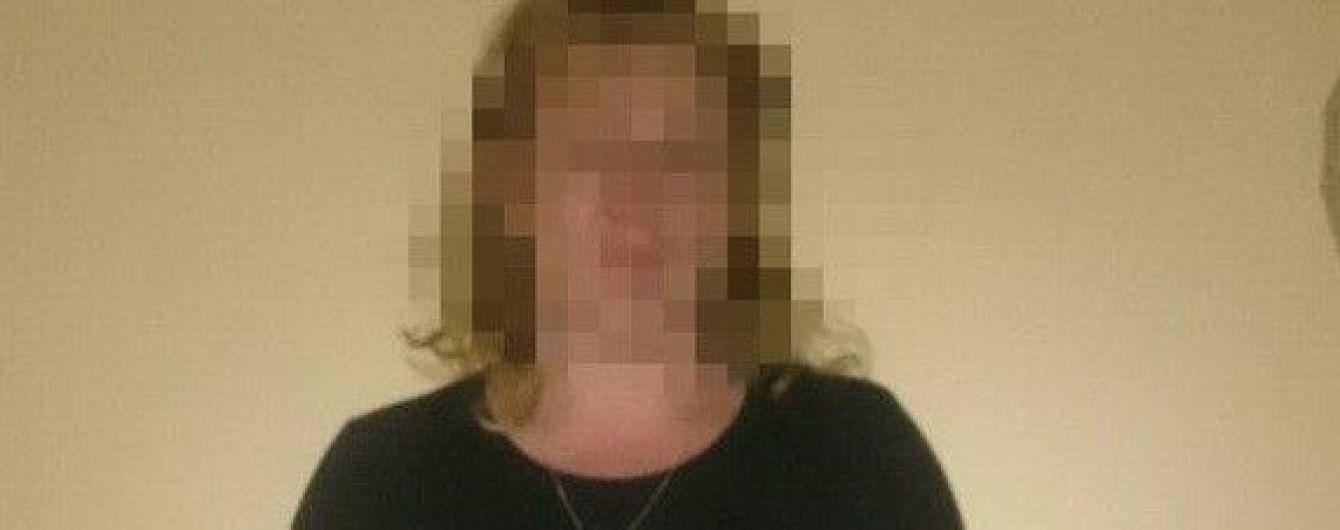 На адмінкордоні з Кримом силовики затримали жінку-дезертира