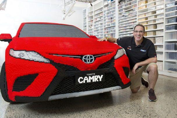 """""""Тойота"""" представила Camry, полностью сделанную из Lego"""