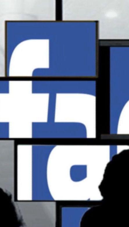 Марк Цукерберг наконец прокомментировал скандальную утечку информации из Facebook