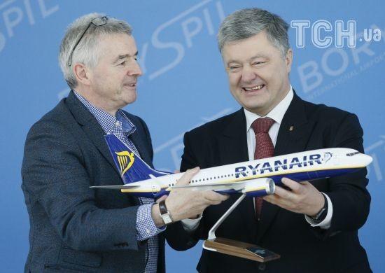 """Бюджет, """"Бориспіль"""" і пасажири: хто в Україні виграв від появи Ryanair"""