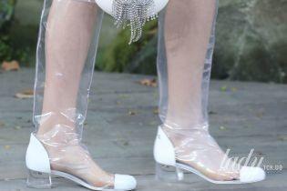 Пластиковые сапоги и классические лодочки: тенденции обувной моды сезона весна-лето 2018