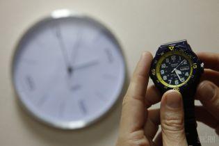 Украина переходит на летнее время: когда и как переводить часы, чтобы не опоздать