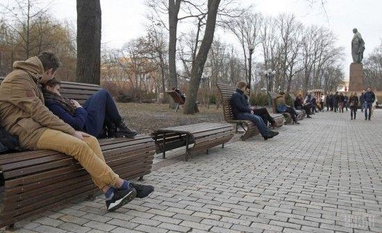 До України йде потепління: окремим регіонам обіцяють до 20 градусів