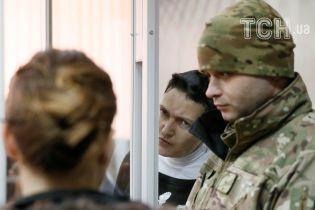 Як відмовляли Савченко: у 80-річний ювілей мама нардепа прокляла суддів і правоохоронців