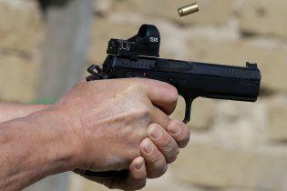 Стрілянина під Києвом: у поліції повідомили, що нападників було двоє
