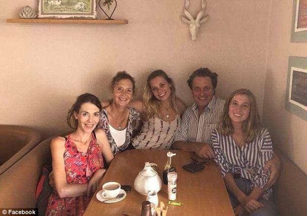 У 72-летнего отца и сводной сестры Илона Маска родился ребенок - СМИ