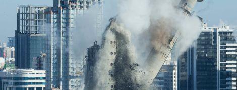Ломать - не строить. В Екатеринбурге феерично подорвали самое высокое здание города