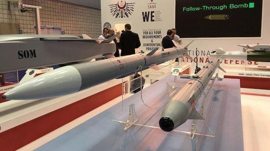 Туреччина заявила про успішне випробування перших балістичних ракет власного виробництва
